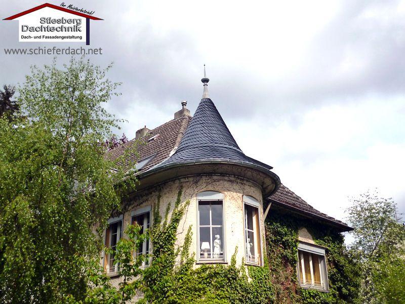 Neue Turmeindeckung aus Naturschiefer eines denkmalgeschützten Gebäudes in Dortmund 2/3