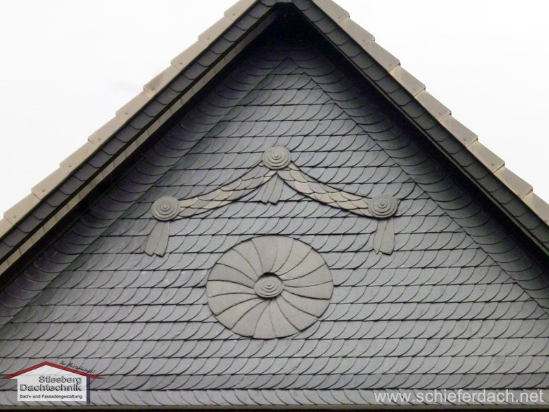 Facade design of natural slate with ornament design