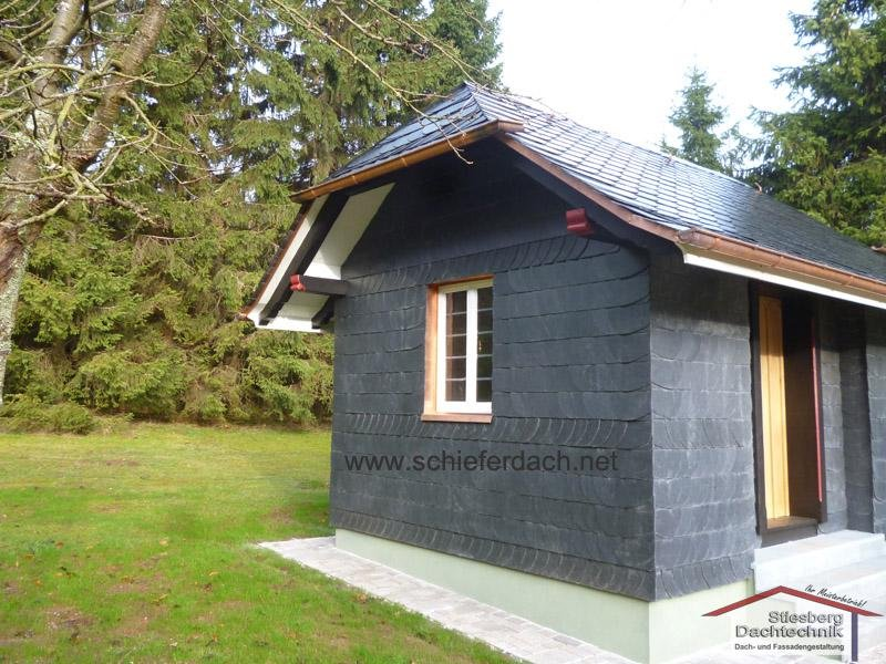 new slate covering (roof and facade) on a summerhouse